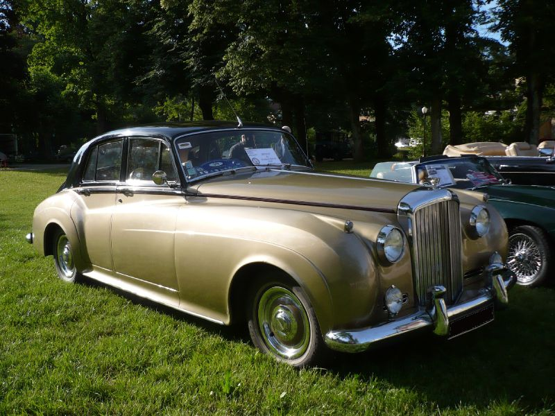 bentley s2 standard saloon 1960 lons le saunier 1 photo de 053 9e mobil 39 r tro lons le. Black Bedroom Furniture Sets. Home Design Ideas