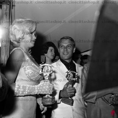jayne-1962-italie-saracino_award-1