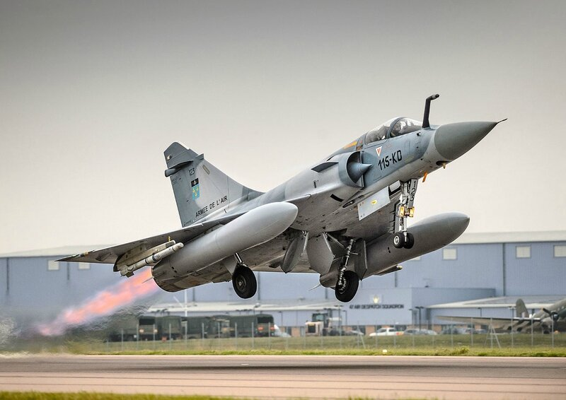 French_Air_Force_Dassault_Mirage_2000C_takes_off_from_RAF_Brize_Norton