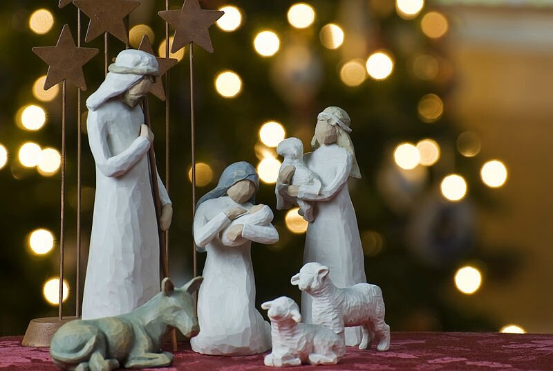 crèche800px-Nativity_tree2011