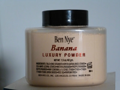 Ben Nye Banana Luxury Powder 001