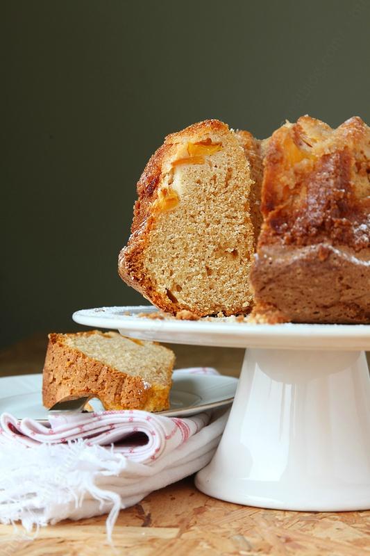 bundt cake nectarine feve tonka 0006 LE MIAM MIAM BLOG