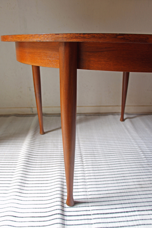 table-ronde-scandinave-pied