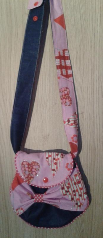 Un sac de petite fille (2)