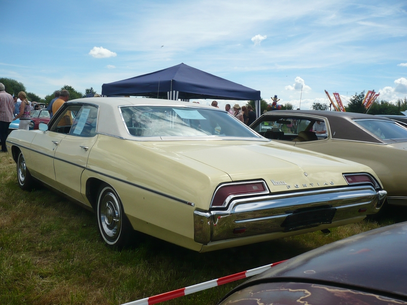 PONTIAC Executive 400 4door Sedan 1969 Eutingen im Gau (2)