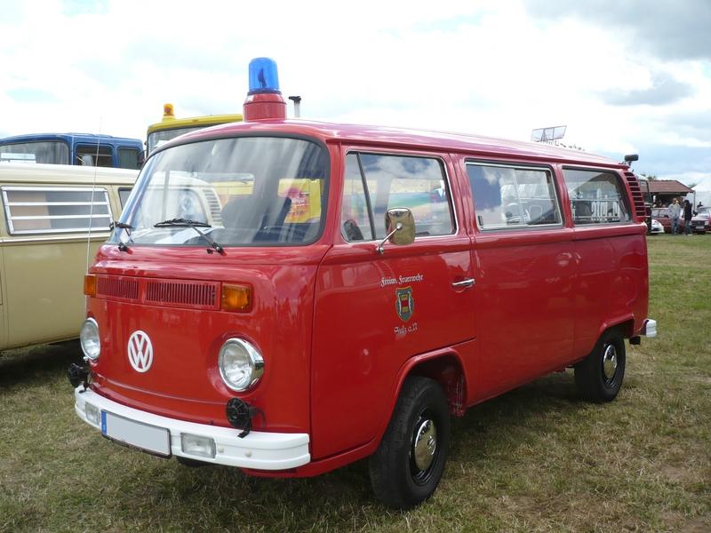VOLKSWAGEN Combi Type 2 vitré Freiwillige Feuerwehr 1974 Eutingen (1) (1)