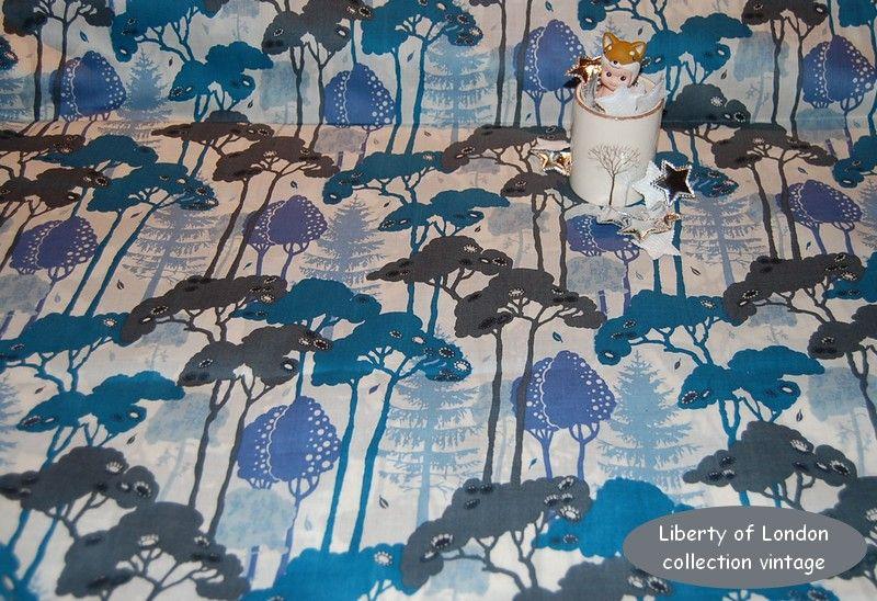 liberty_of_london_bleu_gris_vintage