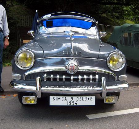 Simca_9_deluxe_berline_1954_03