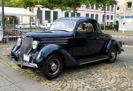 Ford_V8_coup__de_1936__Rallye_de_France_2010__01