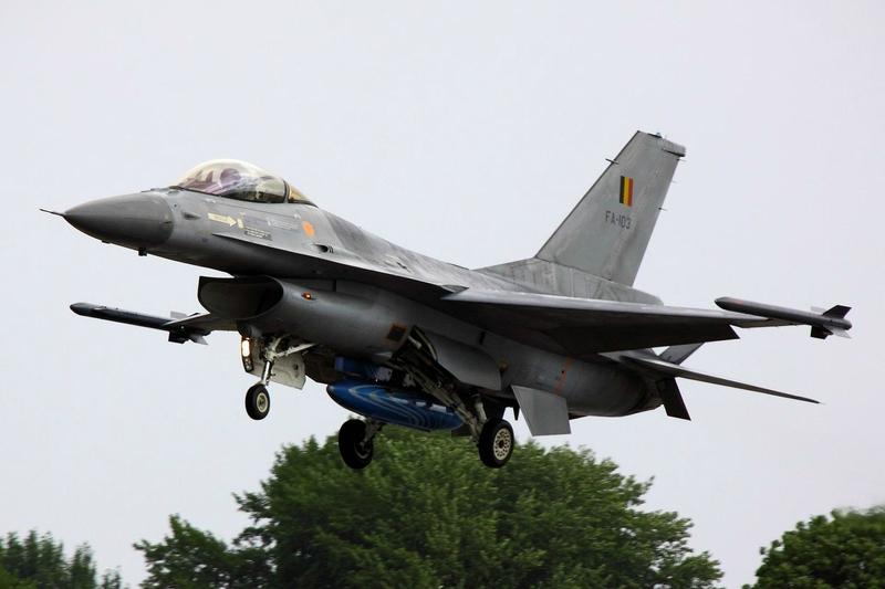 F16_-_RIAT_2010_(5012683266)