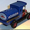Y-3 Ford Model T Tanker Mobiloil A 2