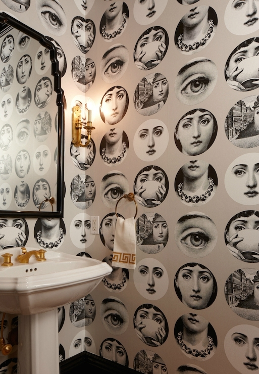 powder-room-fornasetti-wallpaper_secondolucy