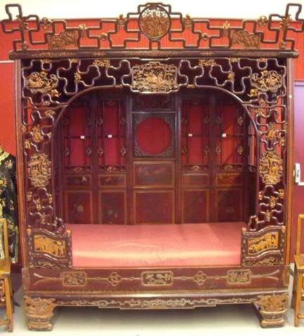 lit clos chinois en bois sculpt chine vers 1900 alain r truong. Black Bedroom Furniture Sets. Home Design Ideas
