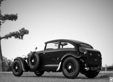 Bentley_speed_six_24nb