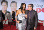Premiere_Walt_Disney_Pictures_Old_Dogs_Arrivals__FiIVAfUuwJl