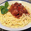 Spaghetti sauce bolognese - sauce bolognaise
