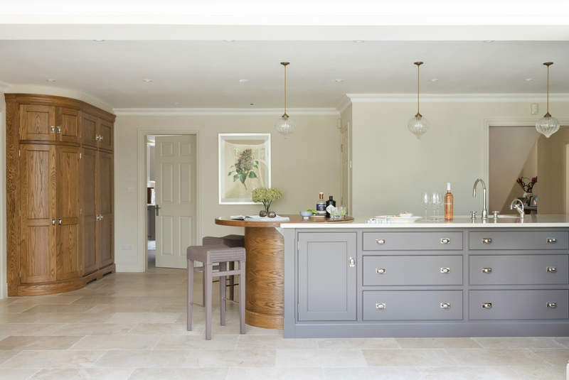 Classic-Bespoke-Kitchen-London-Humphrey-Munson-23