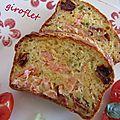 Cake saumon, yaourt, basilic et tomates séchées.