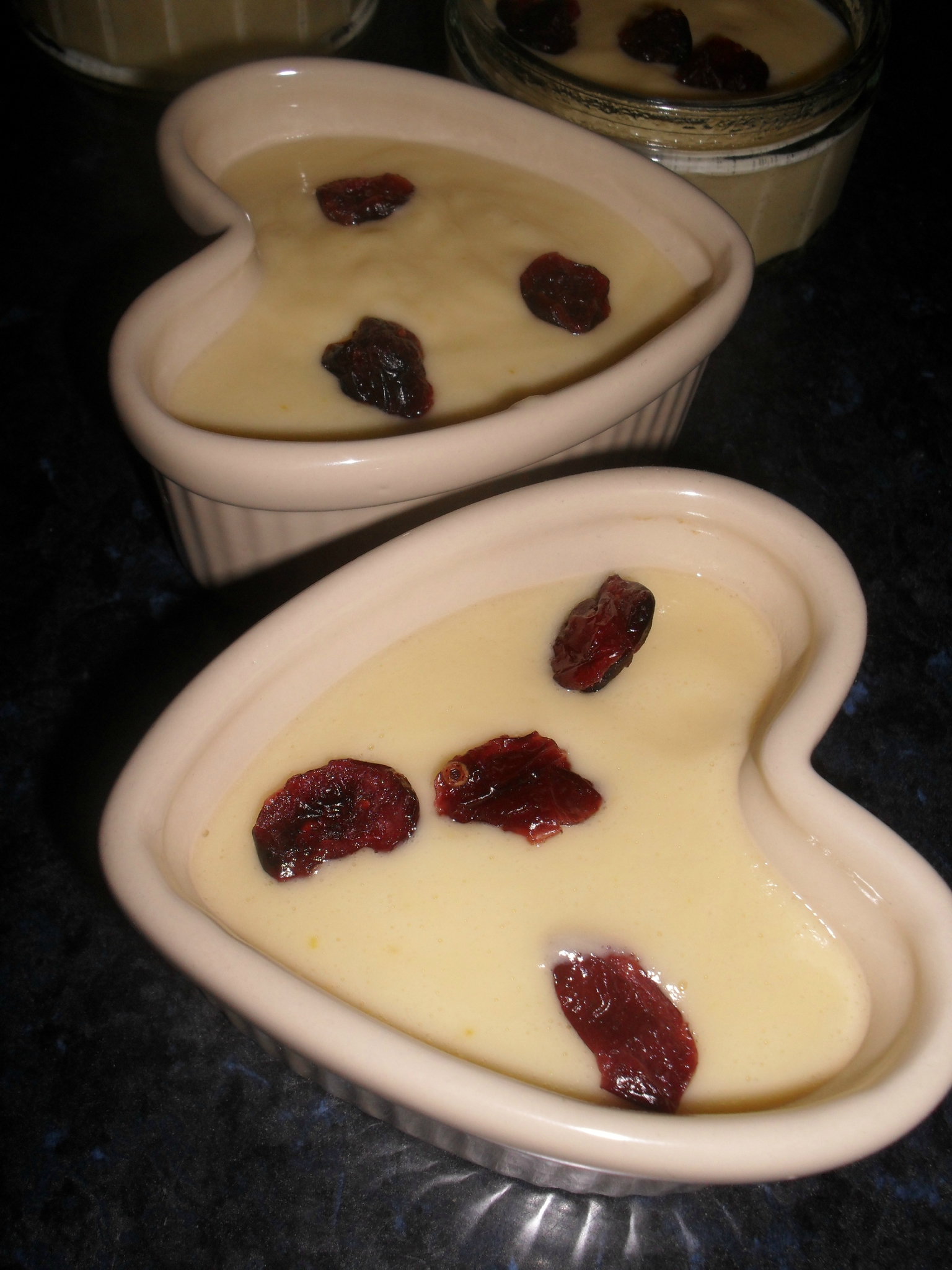 CREME DESSERT A L ORANGE ET CRANBERRIES