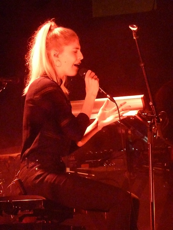 2017 12 03 London Grammar Zénith (35)