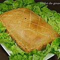 Tourte de fromages, poires et oignons