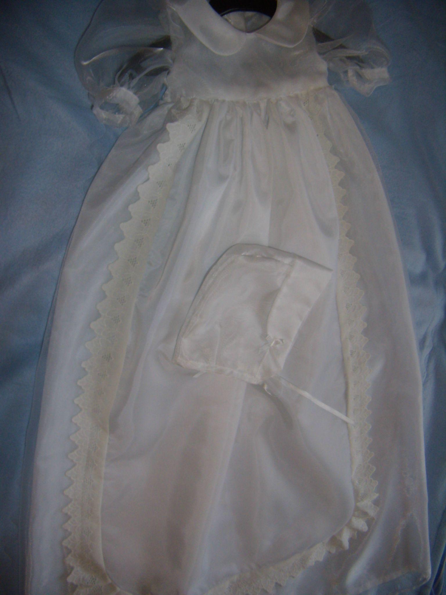 Robe de baptême pour bébé en organza