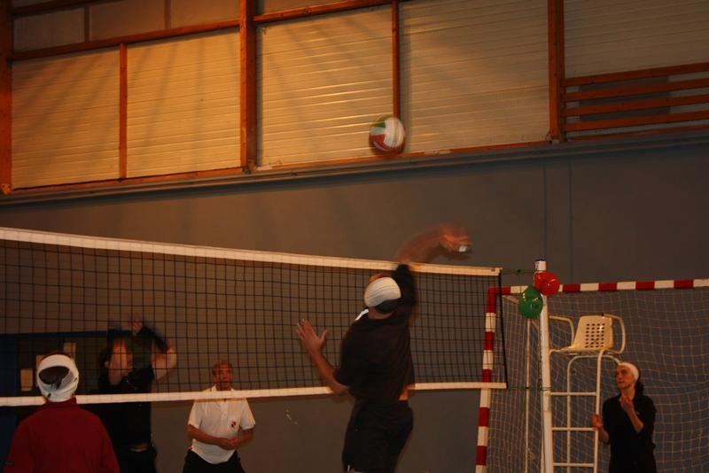 2010-12-16_volley_deguise_27