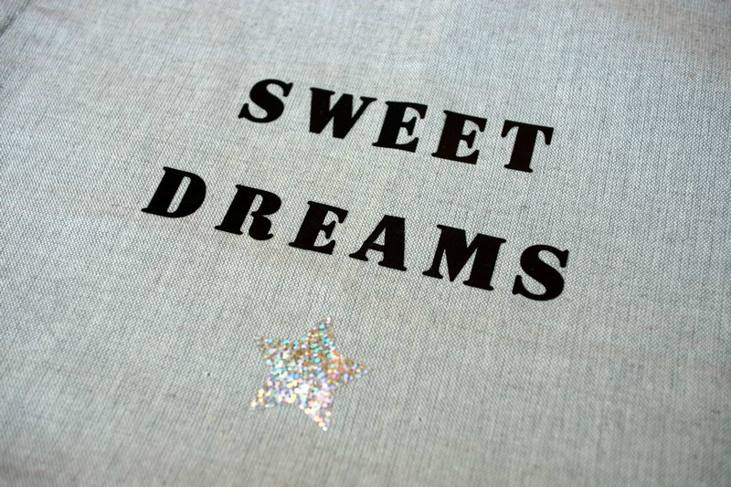 coussin Sweet dreams_2mesdixdoigts (2)