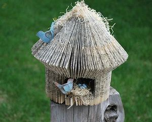 book-birdhouse
