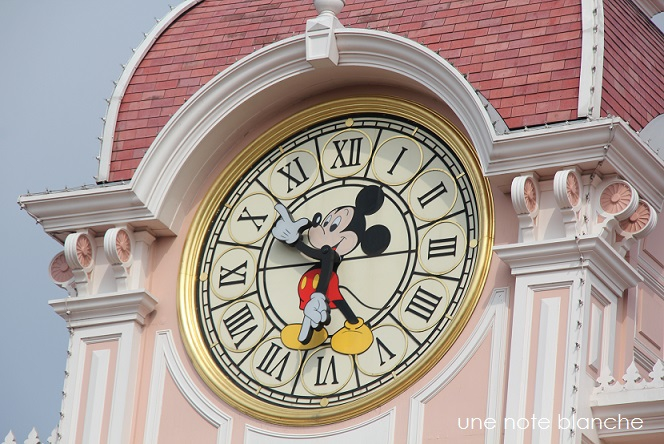 disneyland_paris_horloge_mickey