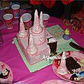 Gâteau château princesse coupé