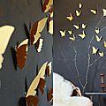 Envolée de papillons dorés