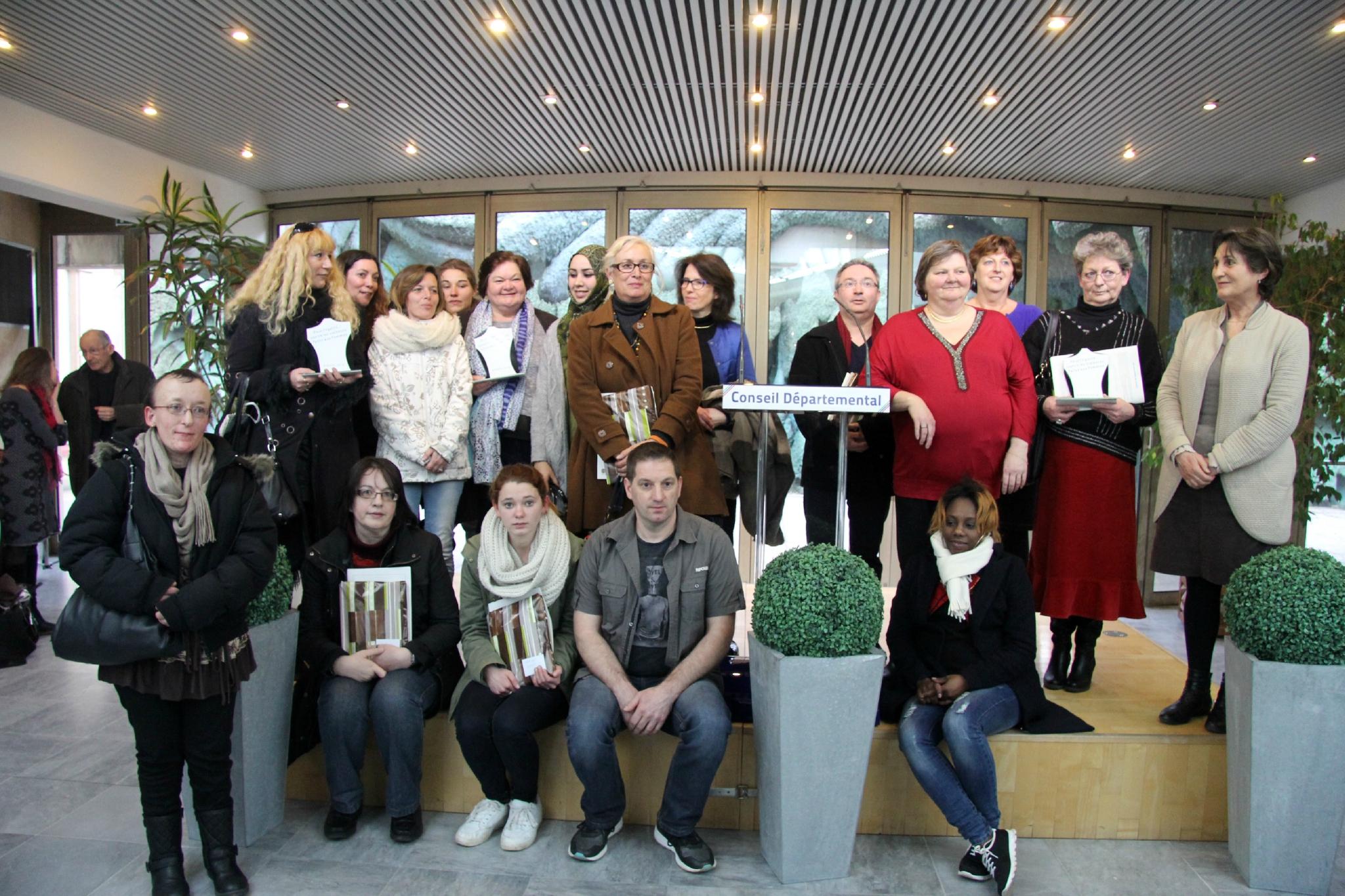 Remise des trophées Concours d'écriture en photos 8/03/16 -Journée riche en émotions ! Interview des lauréats par Juliette Moyer