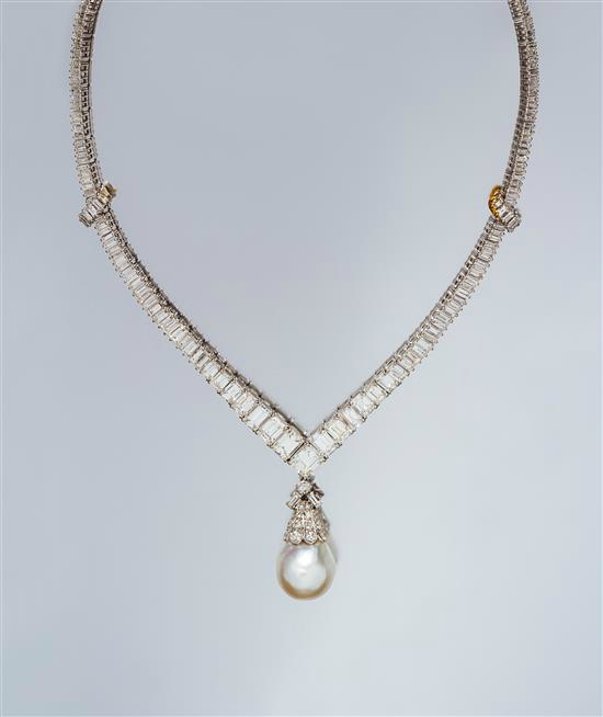 A Fine Platinum and Diamond Necklace, Van Cleef & Arpels, with a Detachable Cultured Pearl and Diamond Pendant
