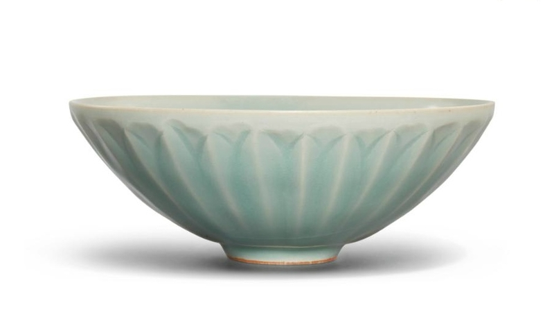 A 'Longquan' celadon 'lotus' bowl, Song dynasty