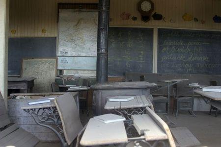 BODIE SCHOOL (2)