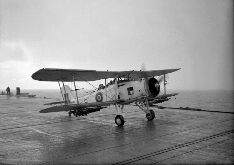 Fairey_Swordfish_taking_off_from_HMS_Tracker_1943