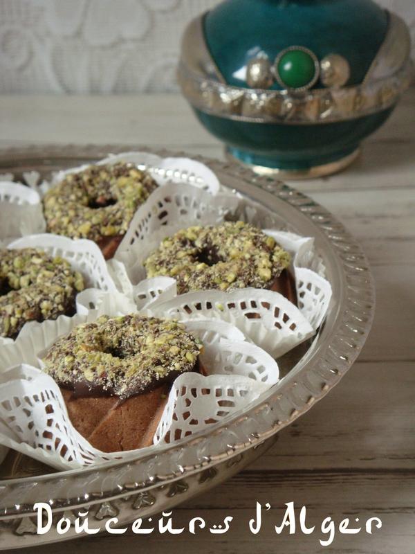 couronnes au chocolat et pistaches