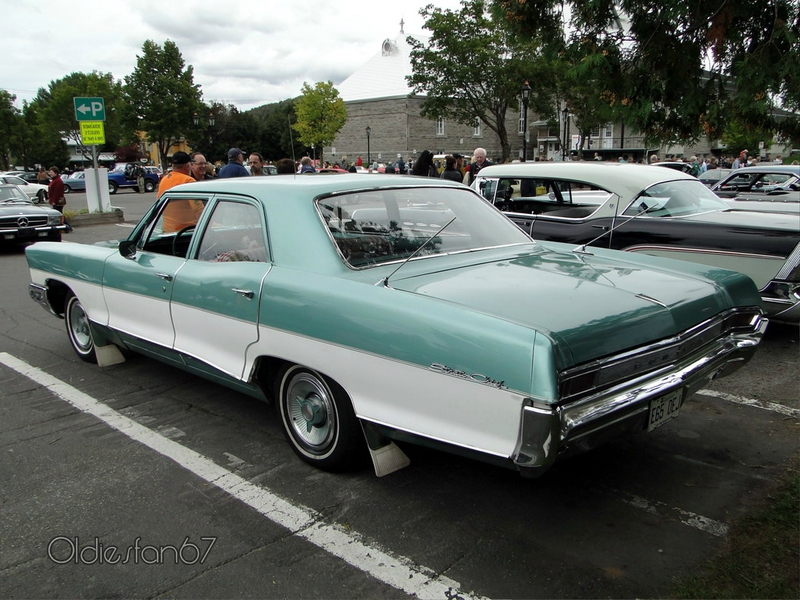 pontiac strato chief sedan 1965 b