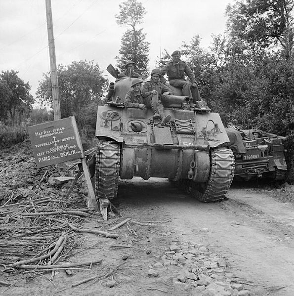 Sherman_tank_of_29th_Armoured_Brigade,_11th_Armoured_Division,_in_Normandy,_11_July_1944__B6980