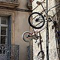 Vélo suspendu, Montpellier_0703
