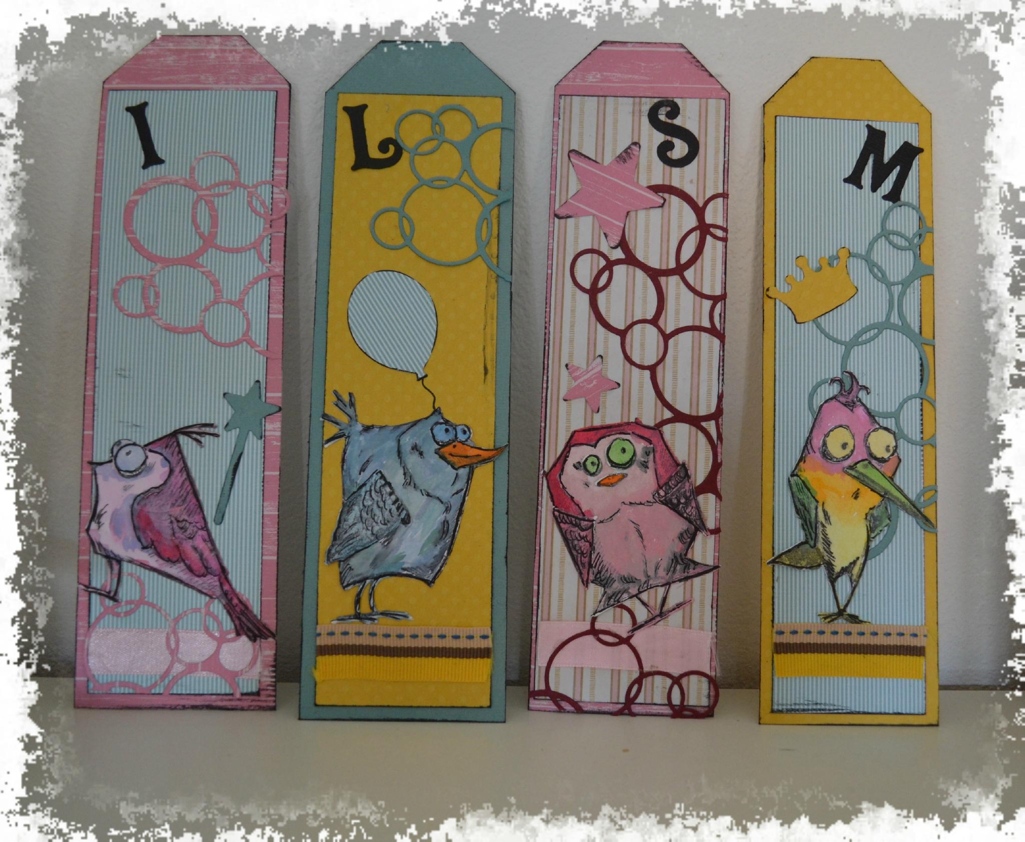 marque-pages avec les tampons et dies crazy bird