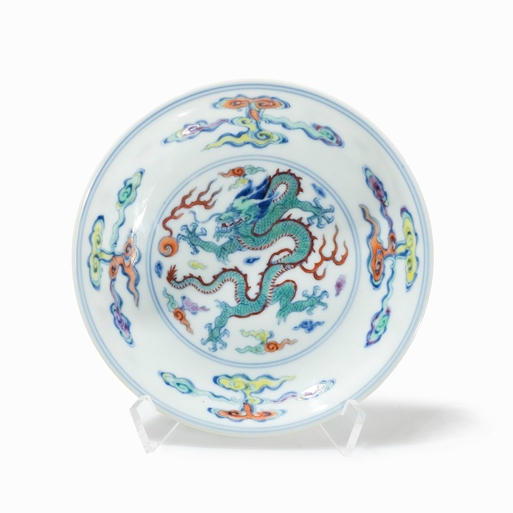 Doucai Dish with Dragon and Pearl, Yongzheng Mark and Period (1723-1735)