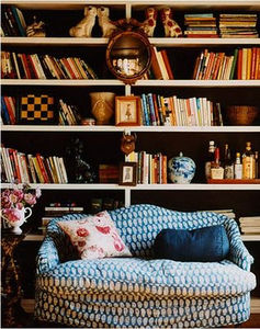 books_lovers_never_go_to_bed_alone
