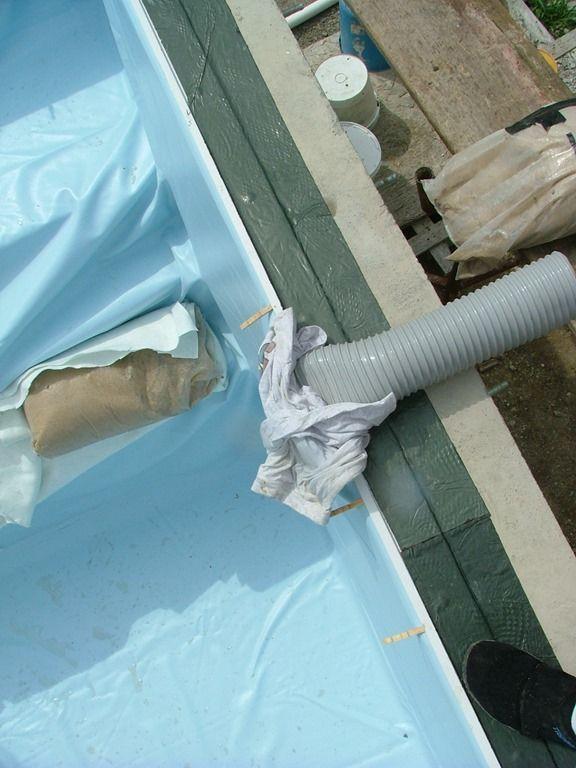 La mise en eau maison en bois toit plat karelis for Aspirateur liner piscine