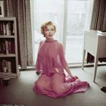 The-inconic-actress-pulls-another-pose-in-the-shoot-which-is-being-published-in-new-book-Marilyn-By-Magnum