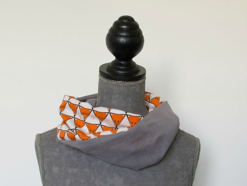 snood tour de cou enfant printemps été renard orange blanc et uni gris