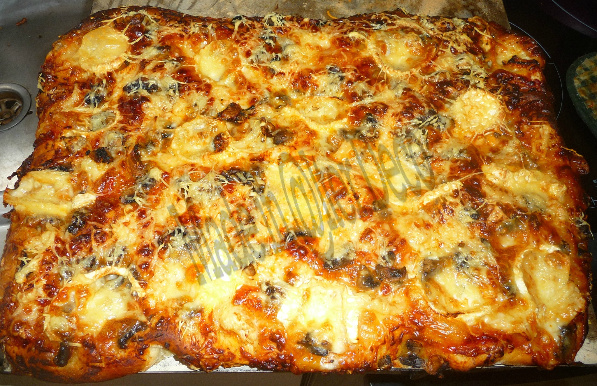 pizza maison après cuisson
