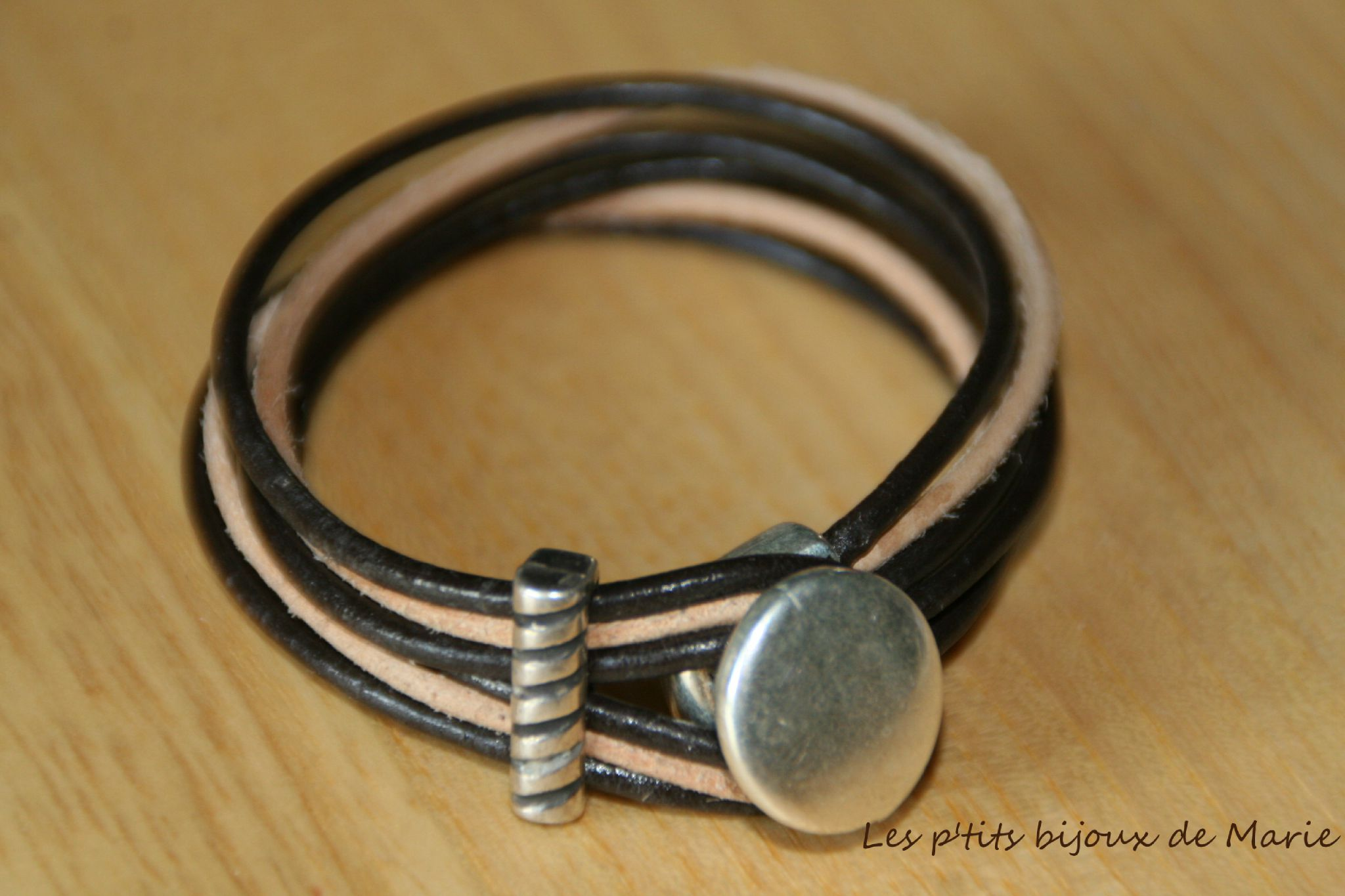 Bracelet 6 rangs en cuir marron et beige
