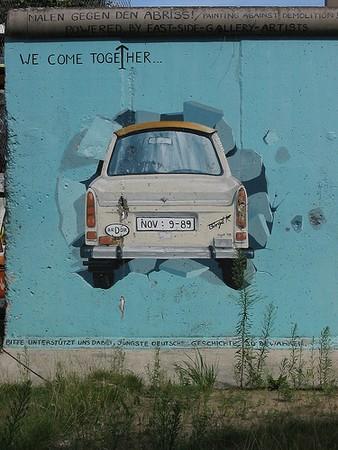 wall_of_berlin_photo_by_alias65
